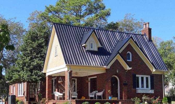 Cotswold Cottage Style House Highlands Neighborhood