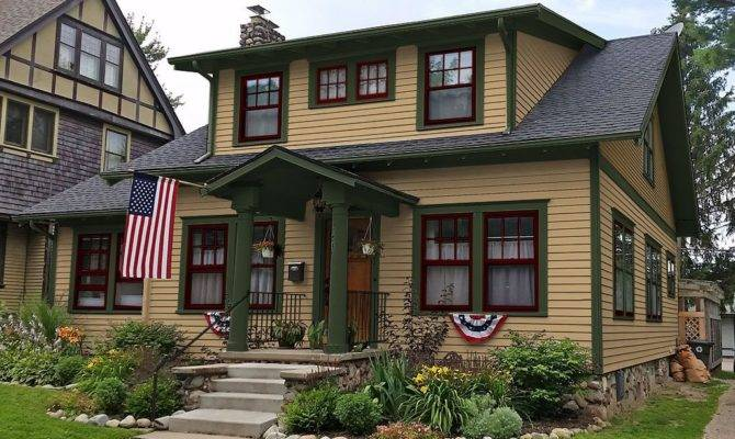 Craftsman Style House Exterior Design