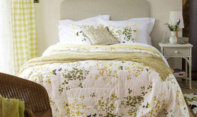 Create French Country Bedroom Design