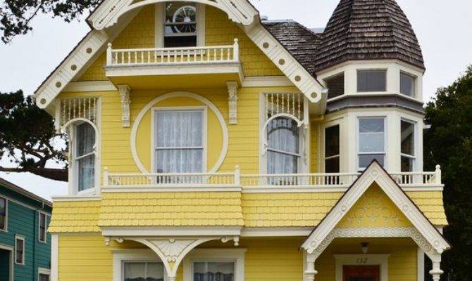 Daffodil House Replica Victorian Pacific Grove