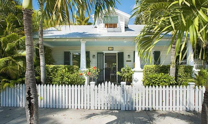 Defines Historic Old House Web Blog
