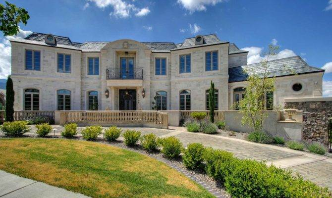 Doug Vaughan Mansion Auctioned