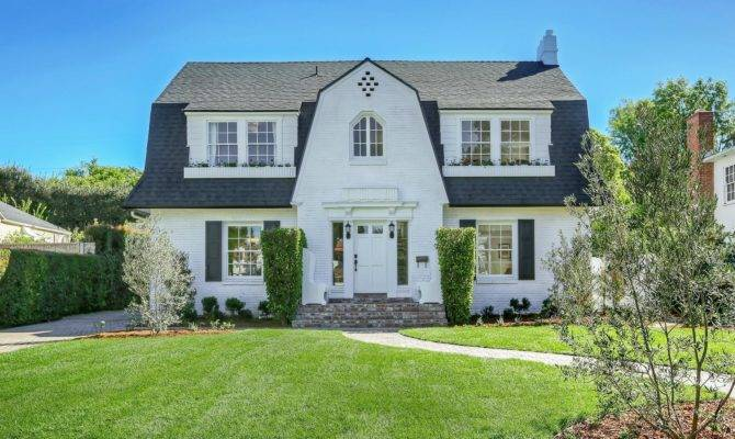 Dutch Colonial Revival Houses House Style