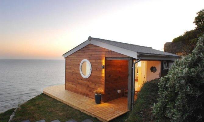 Edge Idyllic Beach Cottage Cornwall Small