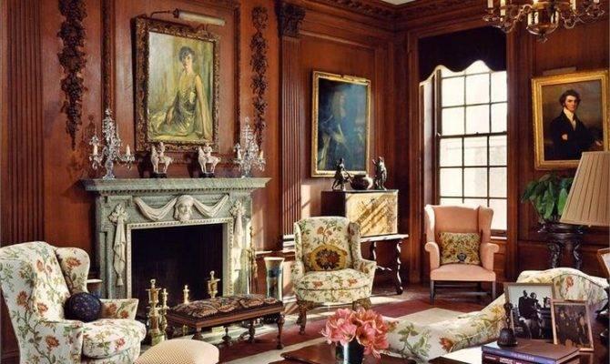Elegant Traditional Living Room Barbara