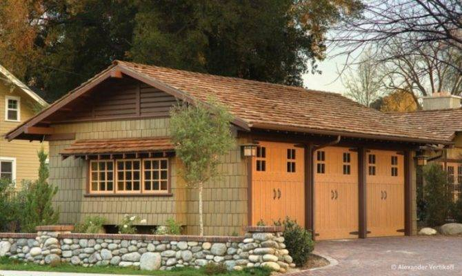 Everyone Must Have Craftsman Style Garage Door Decohoms