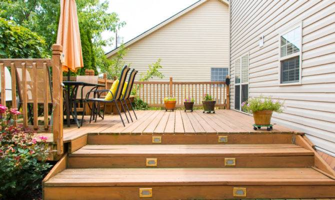 Extensive Multi Level Decks Entertaining Large Parties