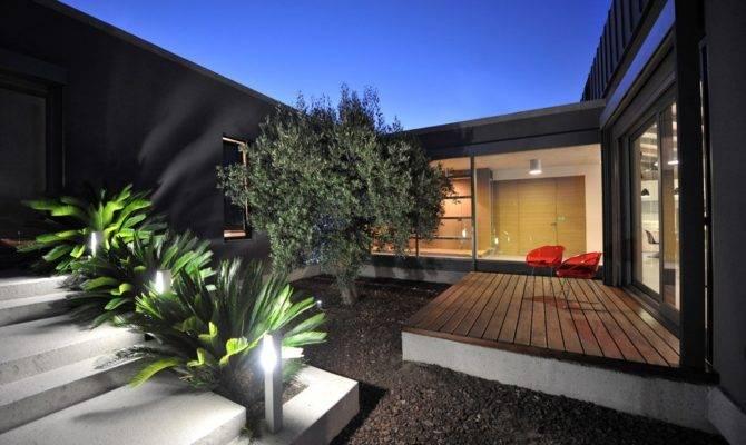 Exterior Modern Courtyard Interior Design Ideas
