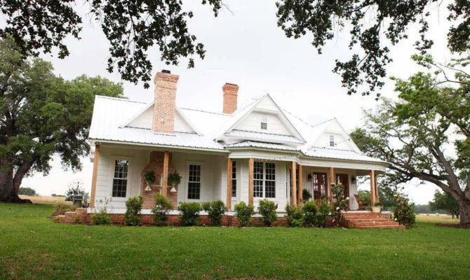Farmhouse Magnolia White Gunpowder