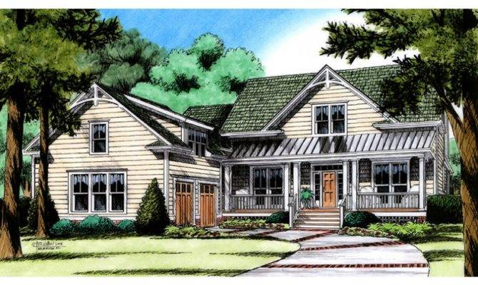 Farmhouse Plan Courtyard Garage Hwbdo Home Plans