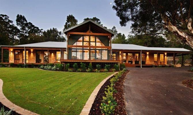Farmhouse Range Rural Building