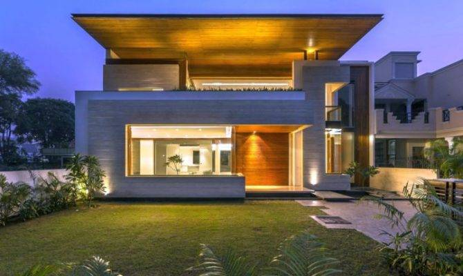 Fascinating Modern House Charged Voids Punjab India