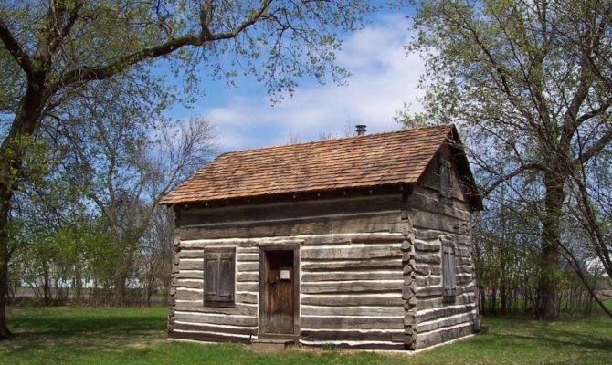 Favored Rustic Small Cabin Single Log