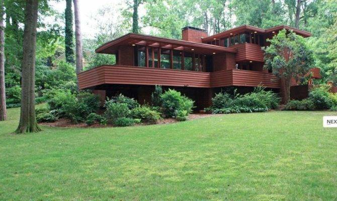 Frank Lloyd Wrightian Home Shines Collier Hills