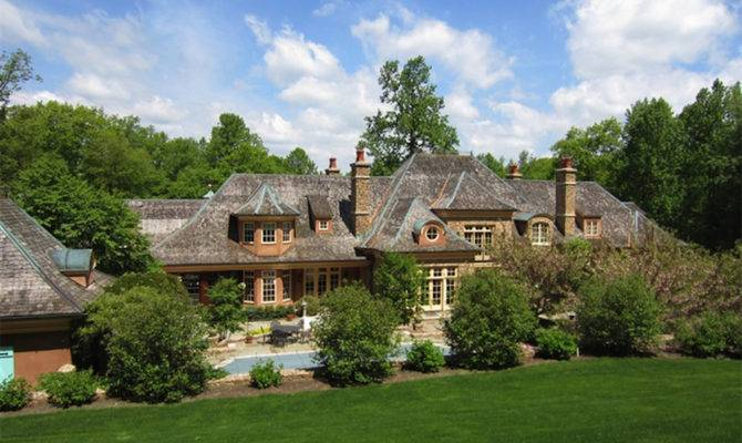 French Country Manor Style Chapel Lane Extravaganzi