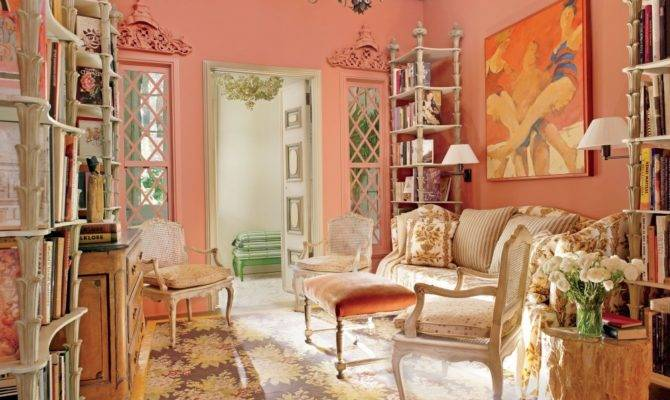 French Queen Anne Chair Molding Decorating Southern Style Living Room