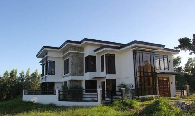 Front Modern House Design