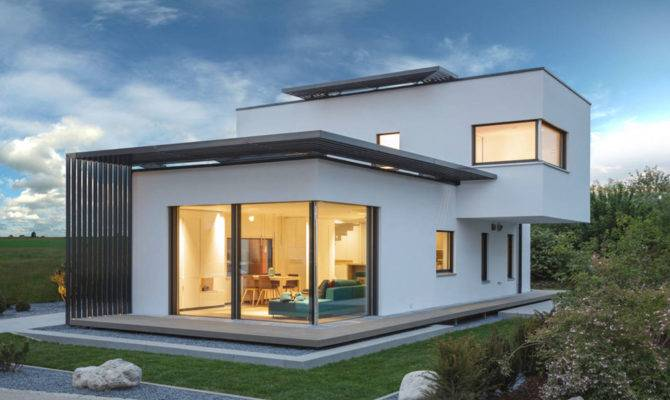 Functional Elegance Concept House Showcasing Soothing