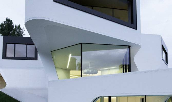 Futuristic Modern Dupli Casa Mayer Architects