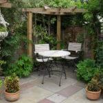 Garden Houses Small Courtyard Gardens Design Corner Pergola Outdoor