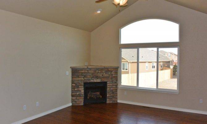 Great Room Vaulted Ceiling Cascade