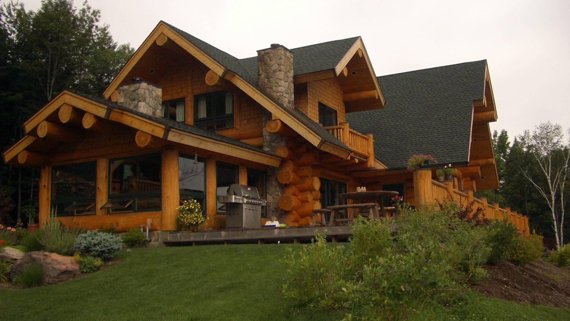 Handcrafted Log Homes Ontario Prefab