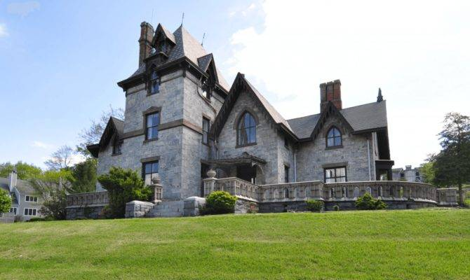 Haunted Gothic Mansion Fixer Upper Westchester