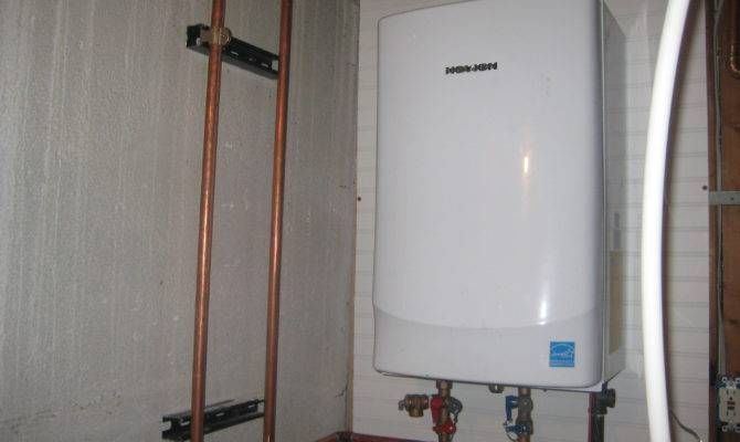Having Tankless Water Heater Installed Gives Instant Hot