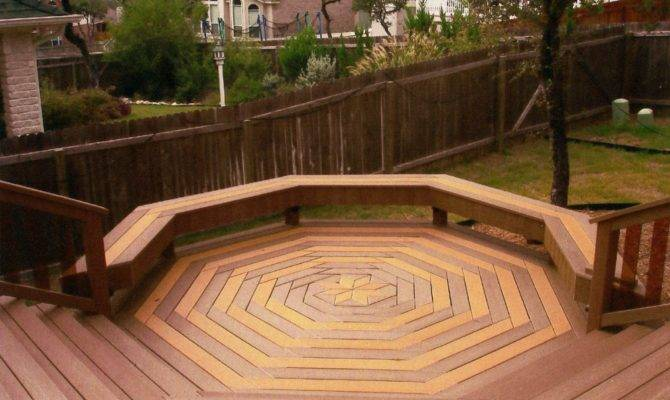 Here Cool Octagon Shaped Custom Deck Design