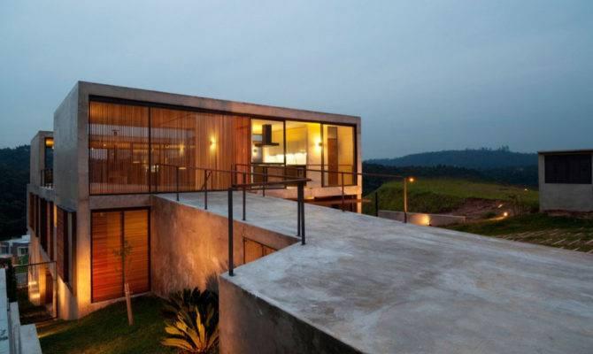 Hillside House Concrete Volumes Story Entrance