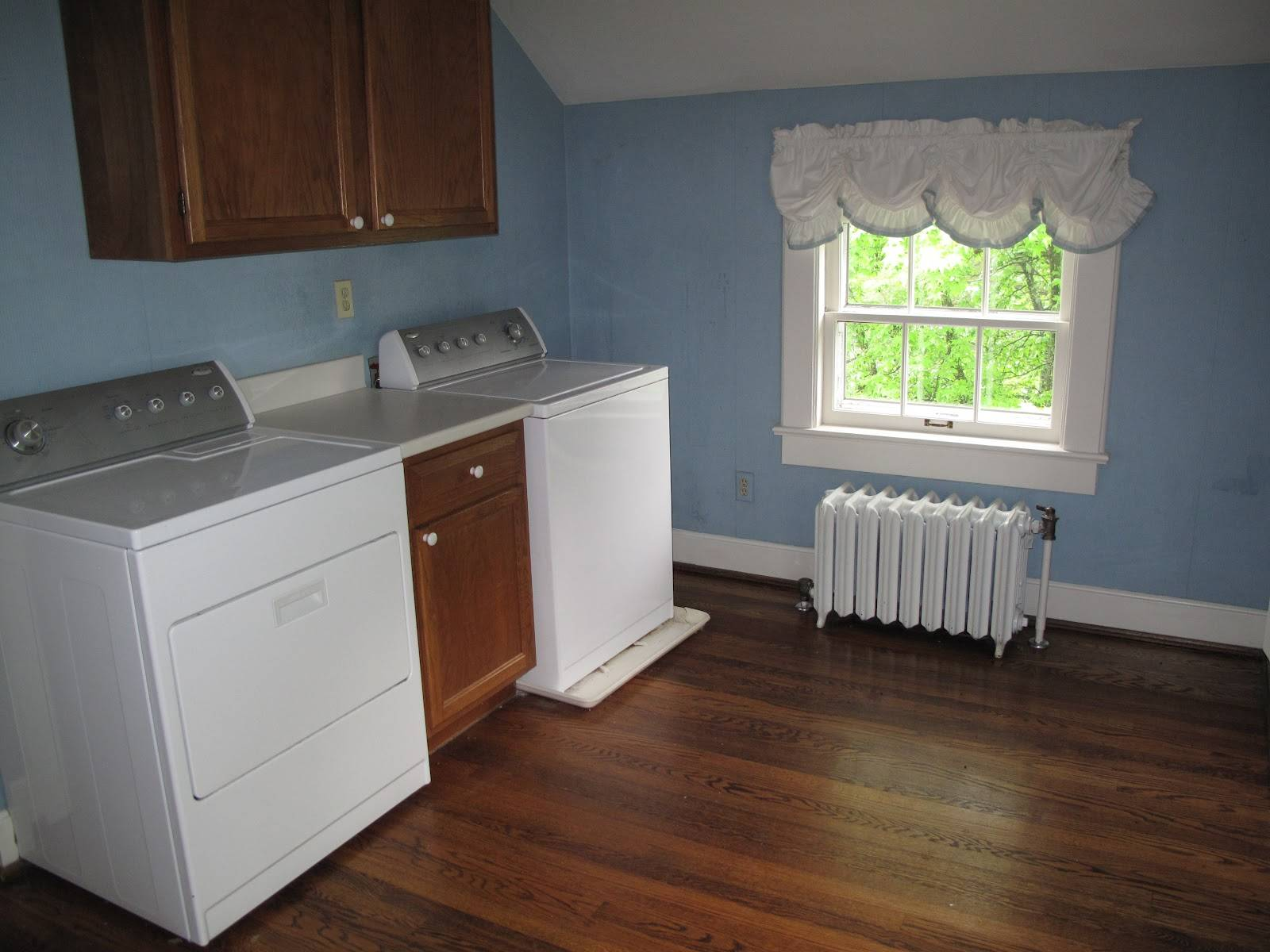 Home Furniture Decoration Laundry Room Second Floor