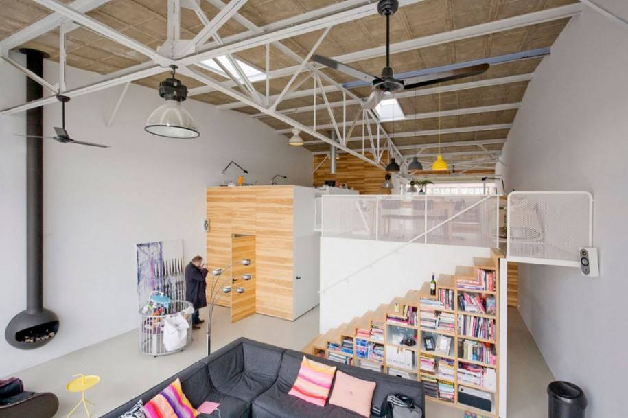 Home Interior Luxurious Square Room Design Ideas