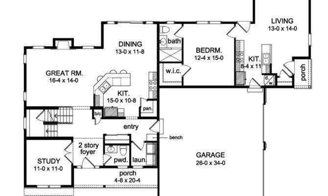 Home Plan Colonial Boasts Complete Law Apartment