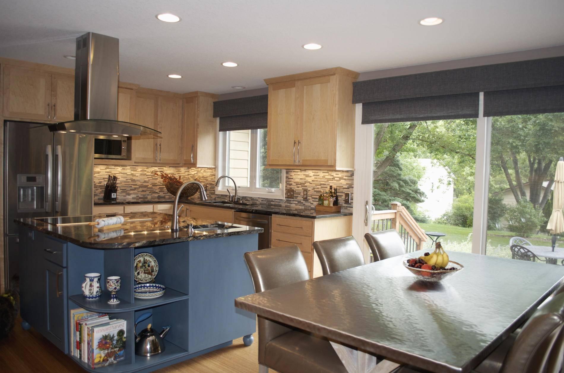 House Plans Large Kitchen Windows Escortsea