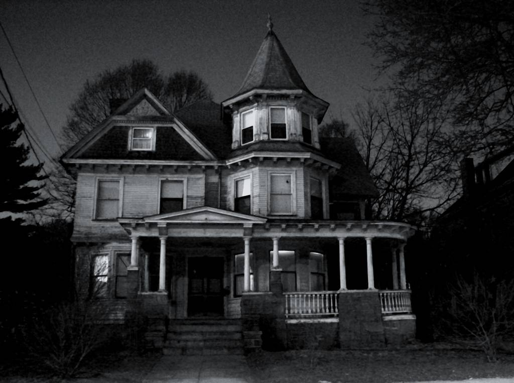 Houses Creepy Dark Does Make