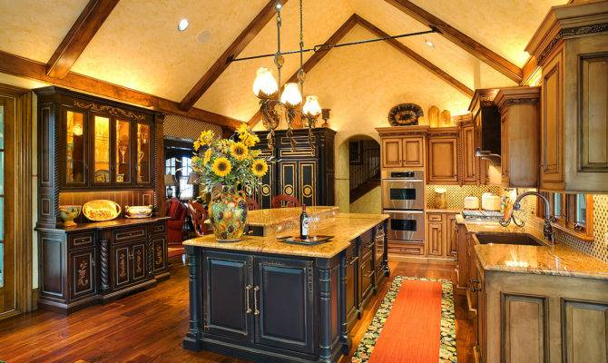Ideas Affordable Yet Chic Country Kitchen Cabinets