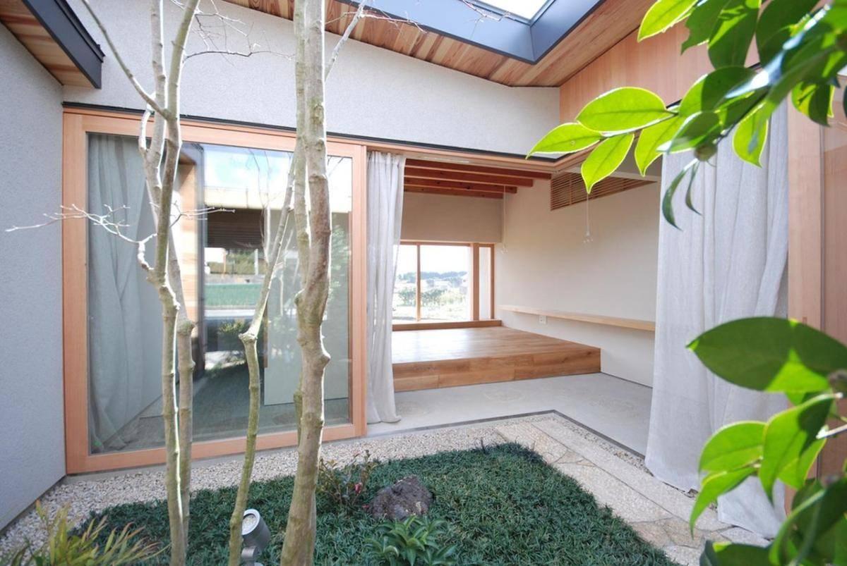 Japanese Courtyard House Mitsutomo Matsunami Small Bliss