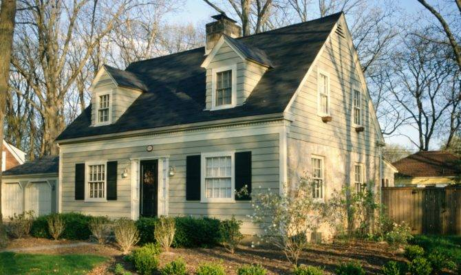 Jpeg Cape Cod Home Style House