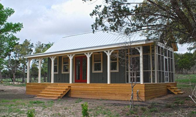 Kanga Cottage Cabins Little House Valley