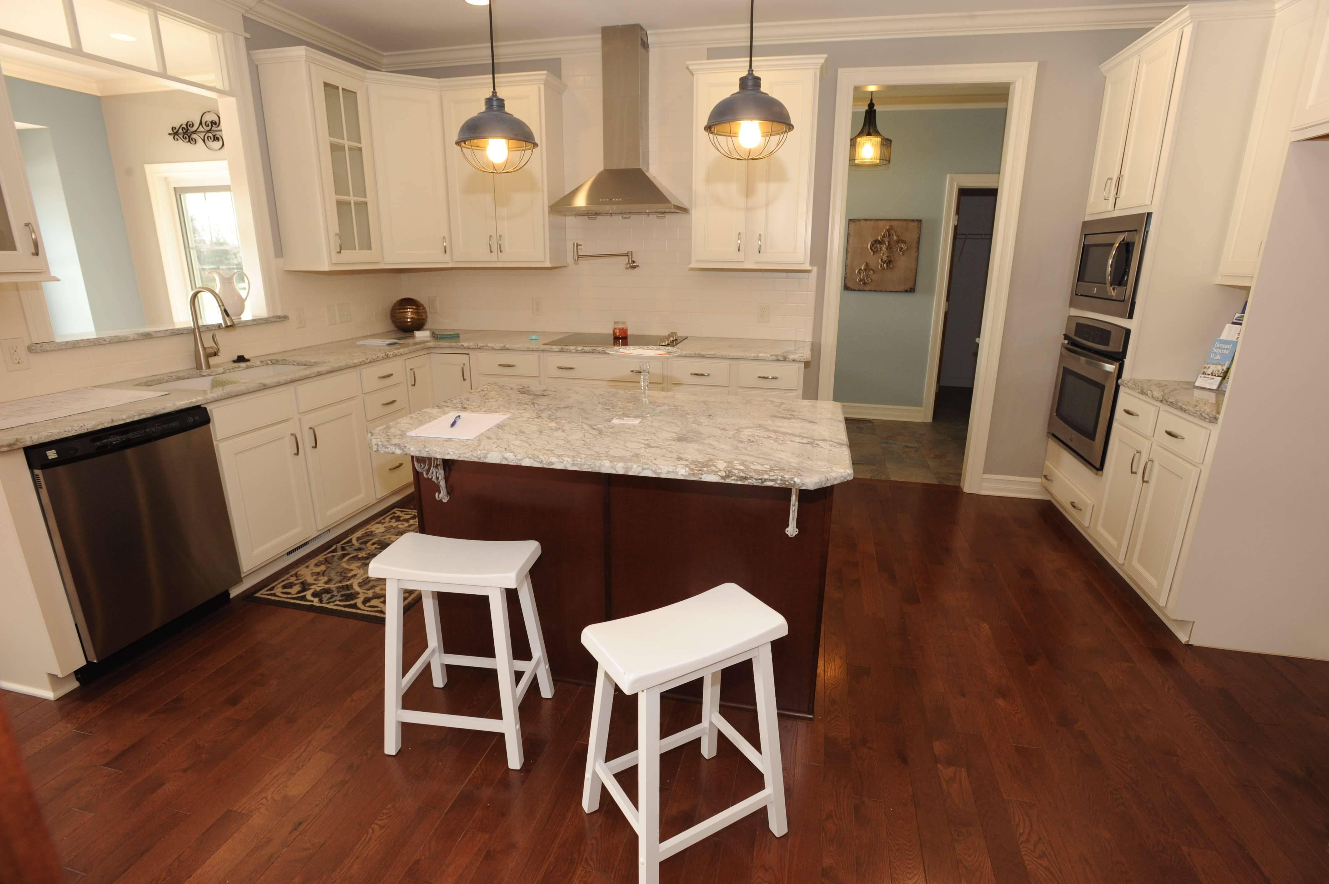 Kitchen Design Using Shaped Layout Island Cabinets Huz