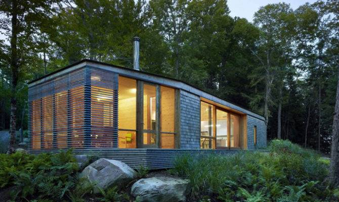 Lakeside Cottage Wrapped Cedar Glass