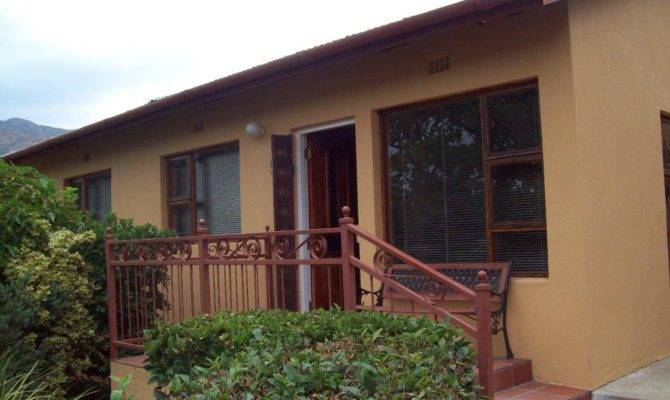 Large Home Montagu West Property Real
