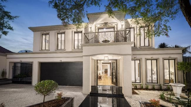 Large Homes Becoming Big Deal Melbourne