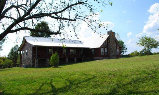 Large Rustic Ranch Home Acreage Mountain