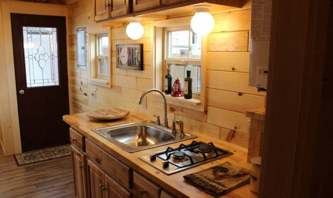 Liberty Tiny House Swoon
