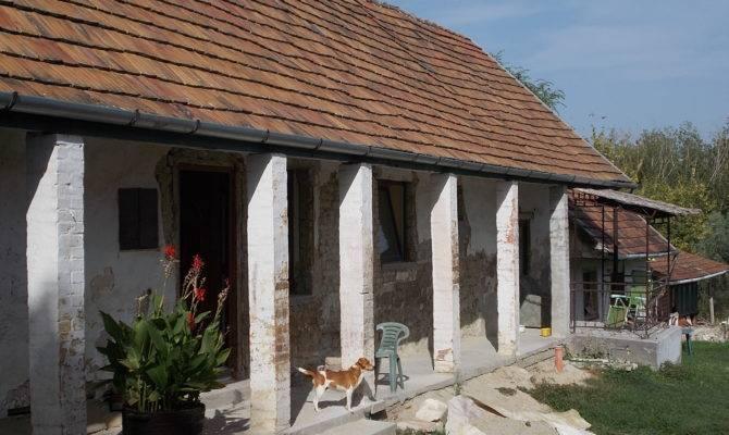 Listed Dwelling House Veranda Moln Street