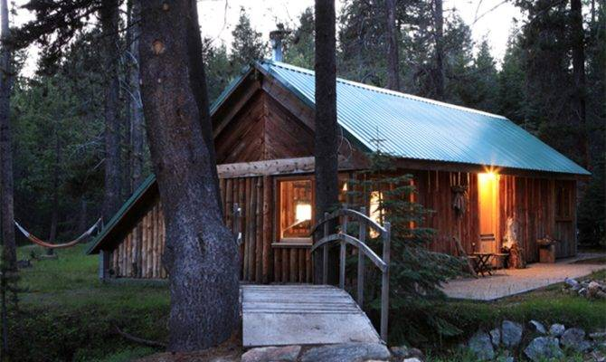 Log Cabin Next Yosemite National Park California