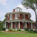 Loren Andrus House Washington Twp April Motor