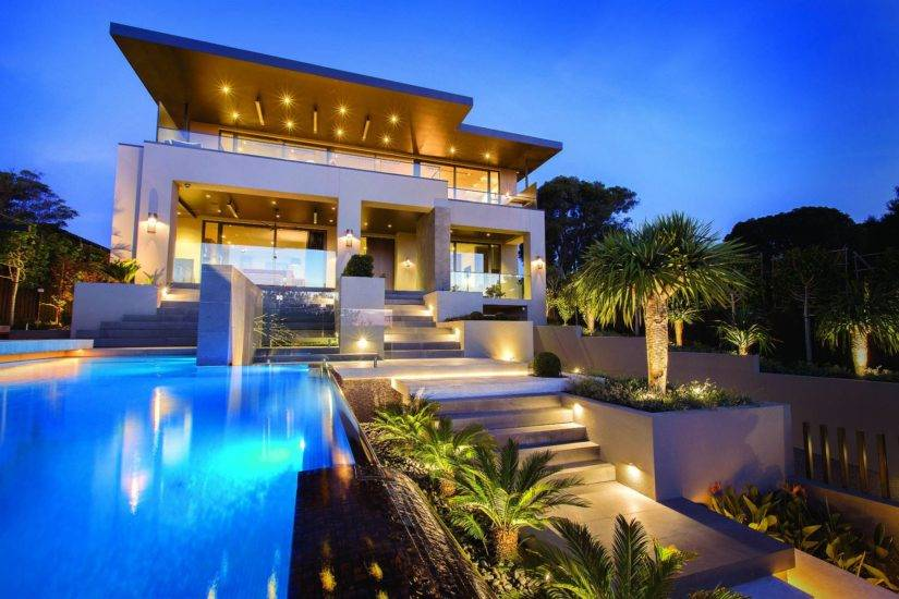 Luxury Modern Resort House Design