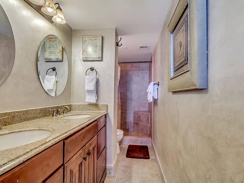 Luxury Oceanfront Three Bedroom Two Bath Condo Carolina